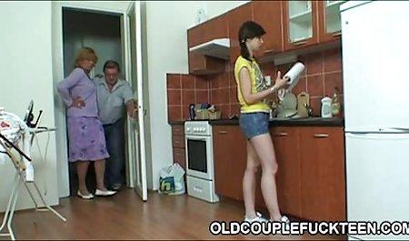 Gadis cantik merayu pacar untuk mendapatkan bokep full duration uang untuk liburan