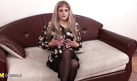 Inggris ibu video full bokep hot rumah tangga putih kapas celana dalam, menghadapi duduk