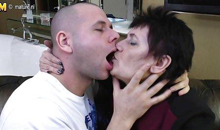 cewek seksi PENETRASI ganda sepong selama bokep full body seks Bertiga