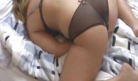 Masturbasi di tempat tidur bokep full tanpa sensor