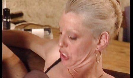 Seorang wanita tua berarti bokep full seks bagian yang menyenangkan 50